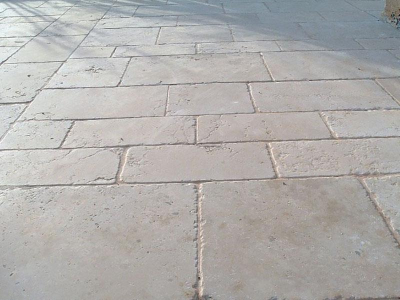 Rivestimenti in pietra naturale per pavimenti e pareti varese